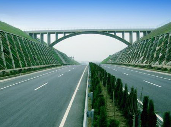 湖南常张高速